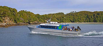 Stewart Island Ferry from Bluff Thumbnail 5