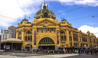 Melbourne City Sights Morning Tour with Yarra River Cruise Thumbnail 2