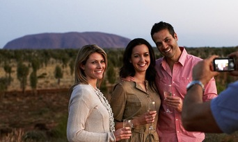 Uluru Sunset Tour from Ayers Rock Resort Thumbnail 2