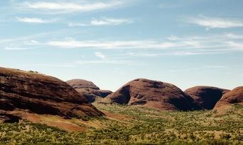 Uluru to Alice Springs One Way Transfer Thumbnail 4