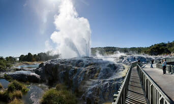 Te Puia Geothermal and Maori Culture Experience Thumbnail 1