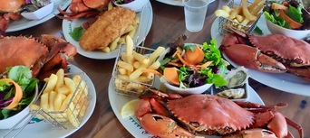 Gold Coast Catch a Crab Cruise Thumbnail 3