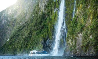 Milford Sound Cruise departing Milford Thumbnail 4