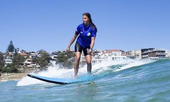 Learn to Surf on Bondi Beach Thumbnail 6