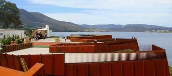 Hobart City Tour with MONA Ferry & Entry Thumbnail 2