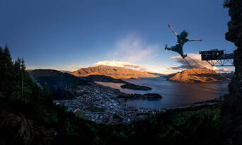 The Ledge Bungy Jump in Queenstown Thumbnail 4