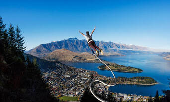 The Ledge Bungy Jump in Queenstown Thumbnail 6