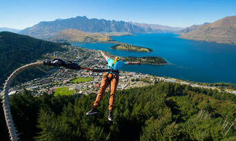 The Ledge Swing in Queenstown Thumbnail 2