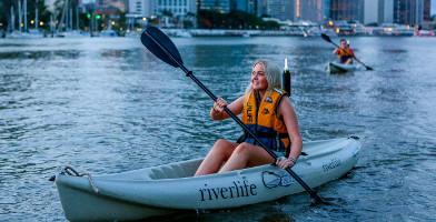 Brisbane Saturday Night Kayak