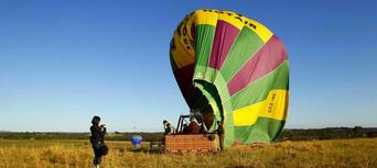Hunter Valley 1-hour Hot Air Balloon Flight Thumbnail 4