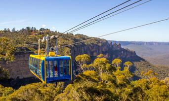 Blue Mountains, Cruise & Wildlife Park Tour from Sydney Thumbnail 3