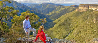Blue Mountains Day Tour from Sydney with Harbour Cruise Thumbnail 2