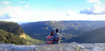 Blue Mountains Day Tour from Sydney with Harbour Cruise Thumbnail 1