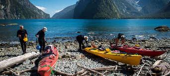Milford Sound Kayaking Tour Thumbnail 5