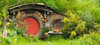 Hobbiton Movie Set and Bay Of Islands Combo Pass Thumbnail 5