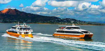 Townsville to Magnetic Island Return Ferry Transfer Thumbnail 1