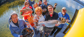 Tasmanian Seafood Seduction Cruise Thumbnail 2