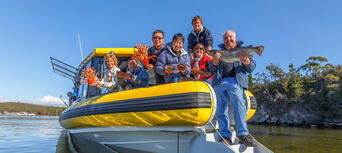 Tasmanian Seafood Seduction Cruise Thumbnail 6