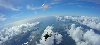 Skydive Bay of Islands Thumbnail 4