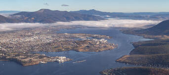 Hobart City 30 Minute Scenic Flight Thumbnail 2