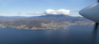 Hobart City 30 Minute Scenic Flight Thumbnail 3
