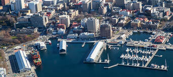 Hobart City 30 Minute Scenic Flight Thumbnail 5