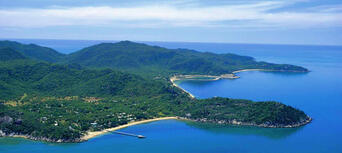 30 Minute Magnetic Island Helicopter Flight Thumbnail 2