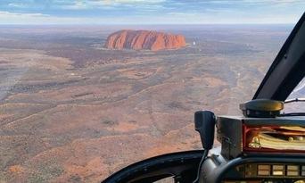 25 Minute Uluru and Kata Tjuta Helicopter Flight Thumbnail 5