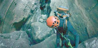 Blue Mountains Canyoning - Empress Canyon Thumbnail 4