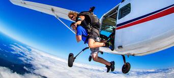 Byron Bay 15,000ft Tandem Skydive Thumbnail 3