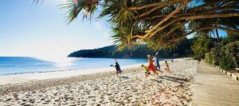 Brisbane to Eumundi Markets & Sunshine Coast Hinterland Tour Thumbnail 4