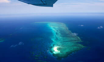 Cairns Great Barrier Reef Scenic Plane Flight Thumbnail 3