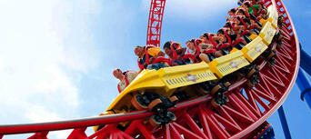 Gold Coast Theme Park and Airport Shared Transfer Package Thumbnail 6