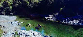 Hobbit Kayaking Tour on Pelorus River Thumbnail 3