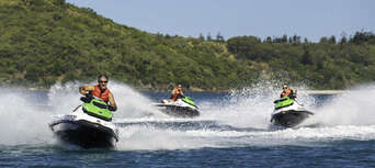 2 Hour South Molle and Whitsunday Island Jet Ski Safari Thumbnail 4