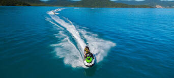2 Hour South Molle and Whitsunday Island Jet Ski Safari Thumbnail 6