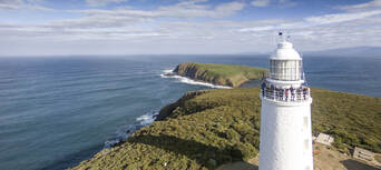 Bruny Island Sightseeing and Lighthouse Tour with Lunch Thumbnail 2