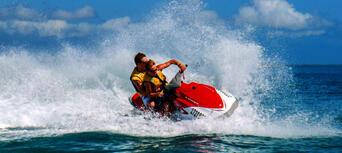 Fraser Island 2.5 Hour Scenic Jetski Tour Thumbnail 4