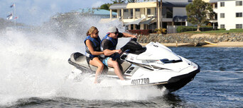 Gold Coast Jet Ski Hire and Tandem Parasail Package Thumbnail 3