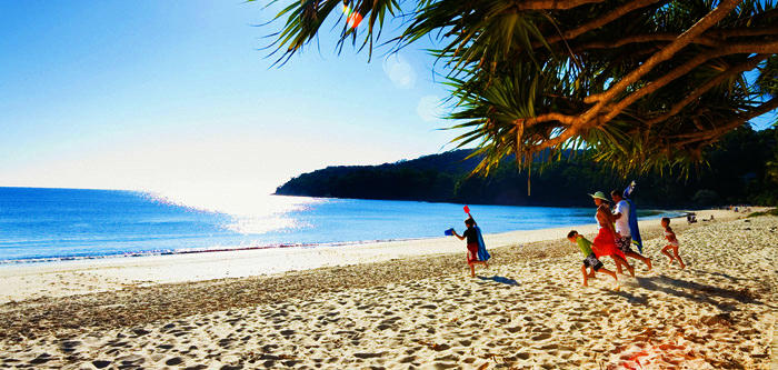 Free Things To Do  Noosa Beach