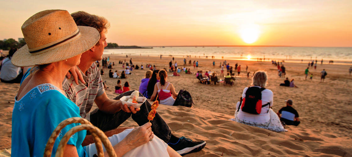 Free Things To Do  Mindil Beach Sunset Market