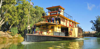 Murray River Paddlesteamers Lunch Cruise from Echuca Thumbnail 2