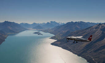 Milford Fly, Walk, Cruise and Fly Combo from Queenstown Thumbnail 3