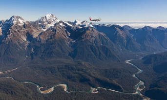 Milford Fly, Walk, Cruise and Fly Combo from Queenstown Thumbnail 6