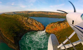 Horizontal Falls Morning Seaplane Flight and Boat Tour with Breakfast Thumbnail 3